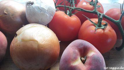 Pikantes Tomaten-Pfirsich-Chutney