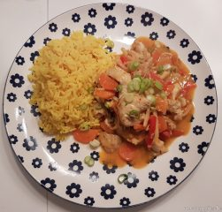 Rotes Thai Curry mit Erdnussnote